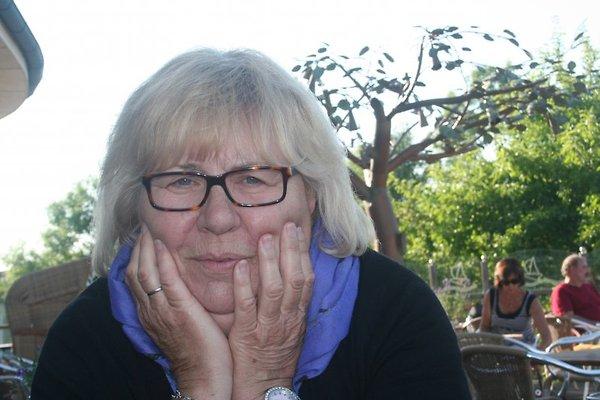 Frau B. Schmalfuß