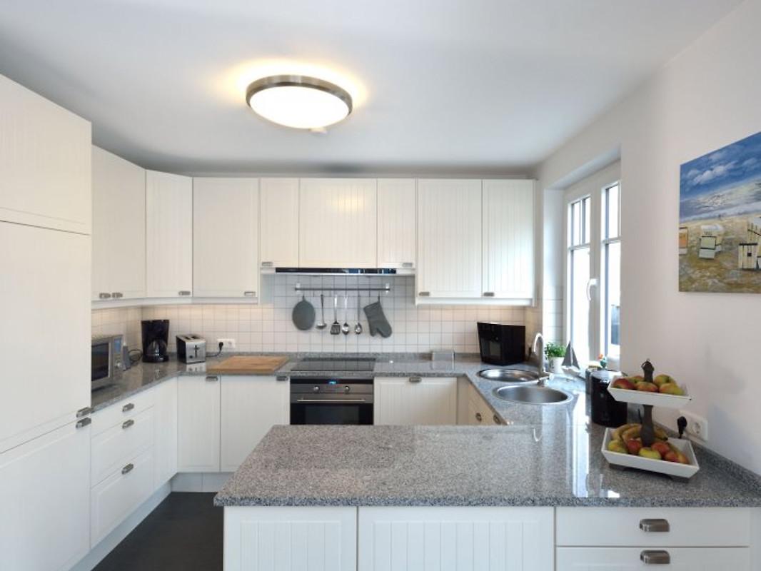 haus ostseestrand ferienhaus in glowe mieten. Black Bedroom Furniture Sets. Home Design Ideas