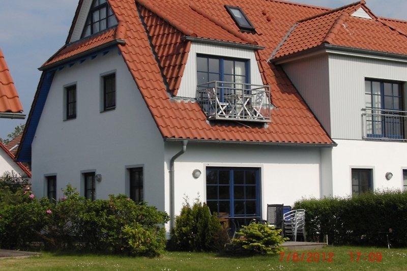 Wohnung unten m. gr. Terrasse