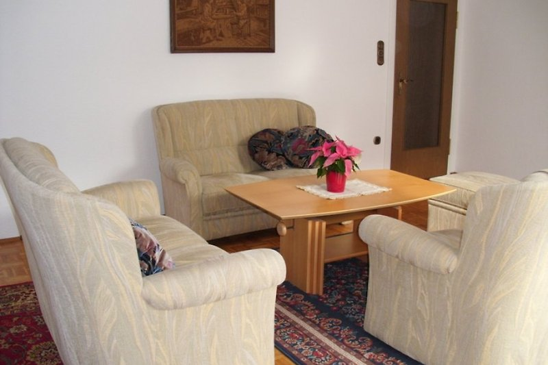 ferienwohnung alpenblick eg ferienwohnung in schleching mieten. Black Bedroom Furniture Sets. Home Design Ideas