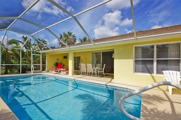 Villa Paradise Garden en Cape Coral - imágen 1