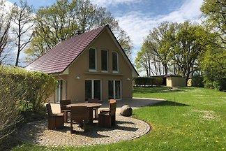 ferien-ellbogensee.de  Haus Flora