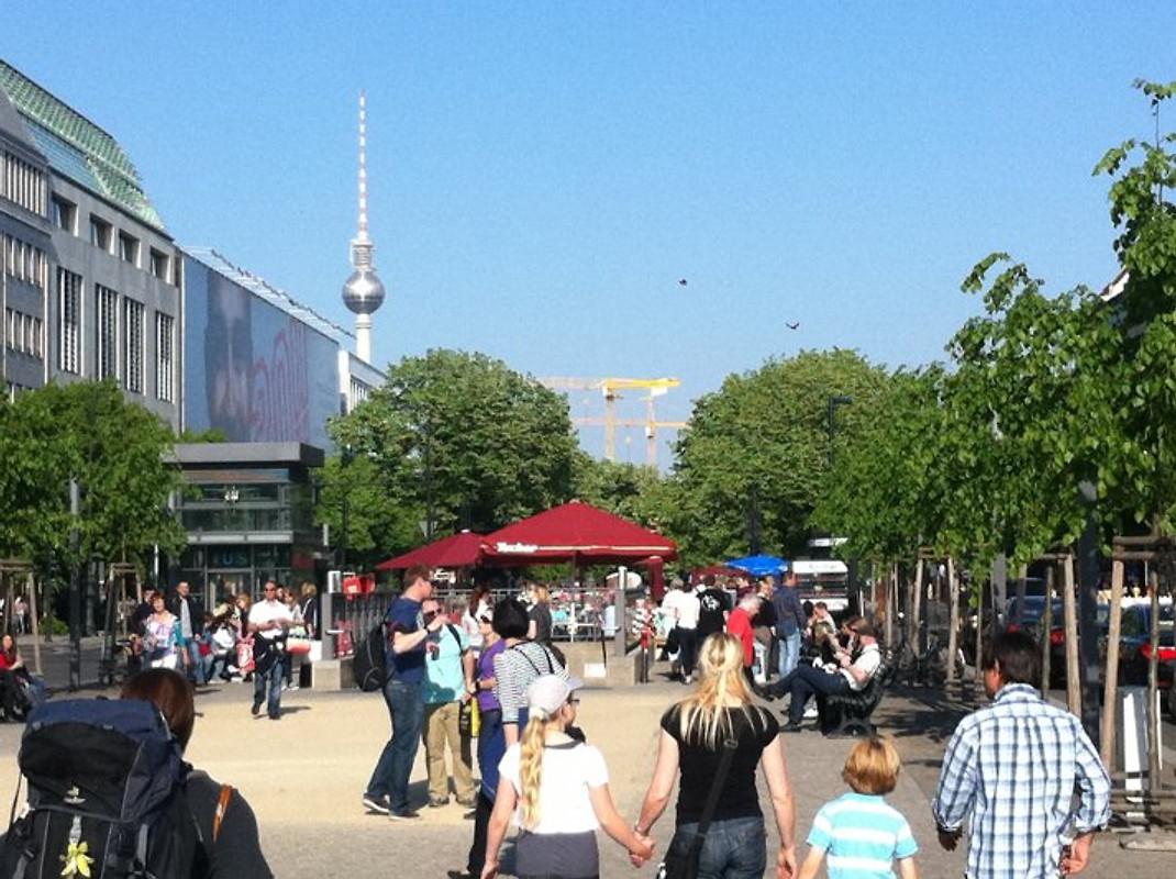 BERLIN UNTERKUNFT MITTE 1 ZIMMER - Unterkunft in Prenzlauer Berg mieten