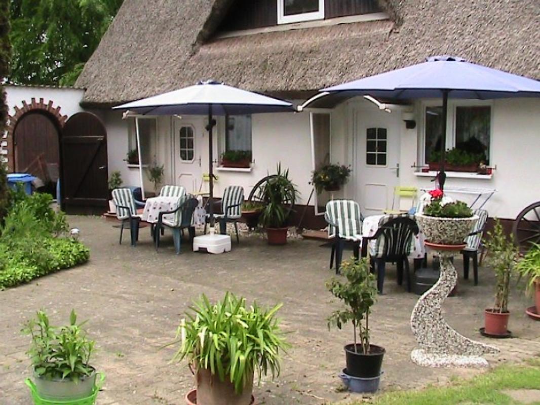 Ferienhaus seerose r gen ferienhaus in sellin mieten for Sellin ferienhaus