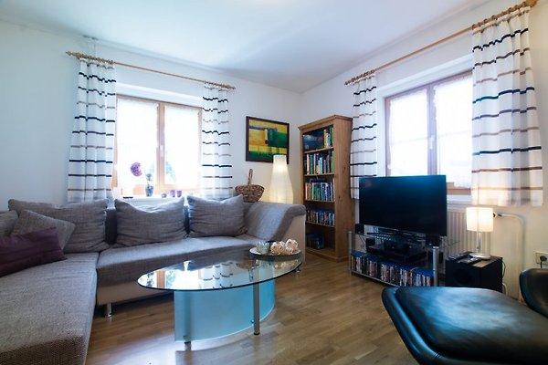 Helles OG-Wohnzimmer