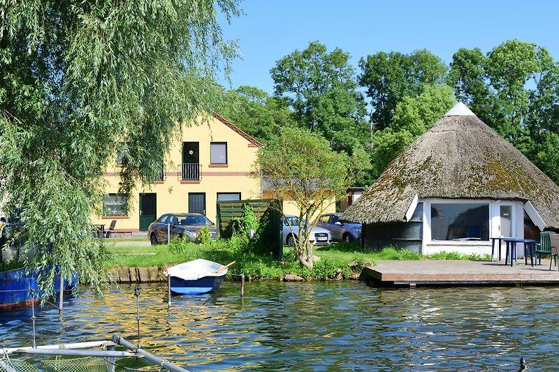 Hausansicht Ferienwohnungen Seeblick und Seeterrasse