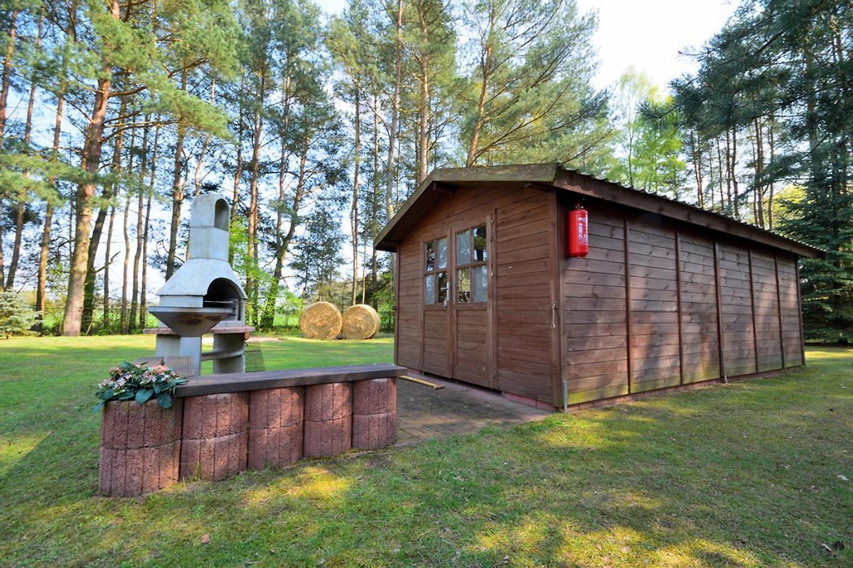 ferienhaus im feriendorf am see ferienhaus in dabel mieten. Black Bedroom Furniture Sets. Home Design Ideas