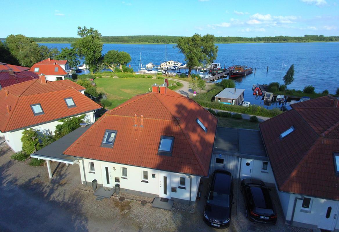 Bekannt Villa Schnuppig - Traum am See in Bad Kleinen - Firma Seeurlaub-MV AV61