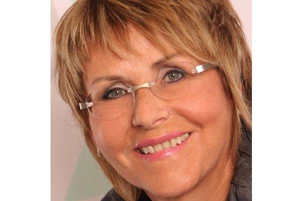 Frau G. Lux