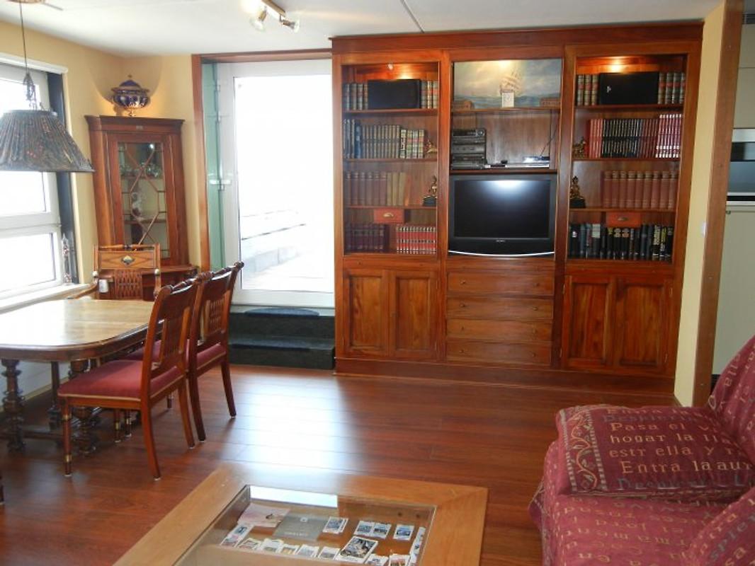 view appartment ferienwohnung in scheveningen mieten. Black Bedroom Furniture Sets. Home Design Ideas