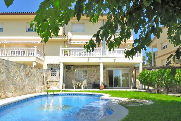 awesome villa mit garten und pool ideas - home design ideas, Garten ideen gestaltung