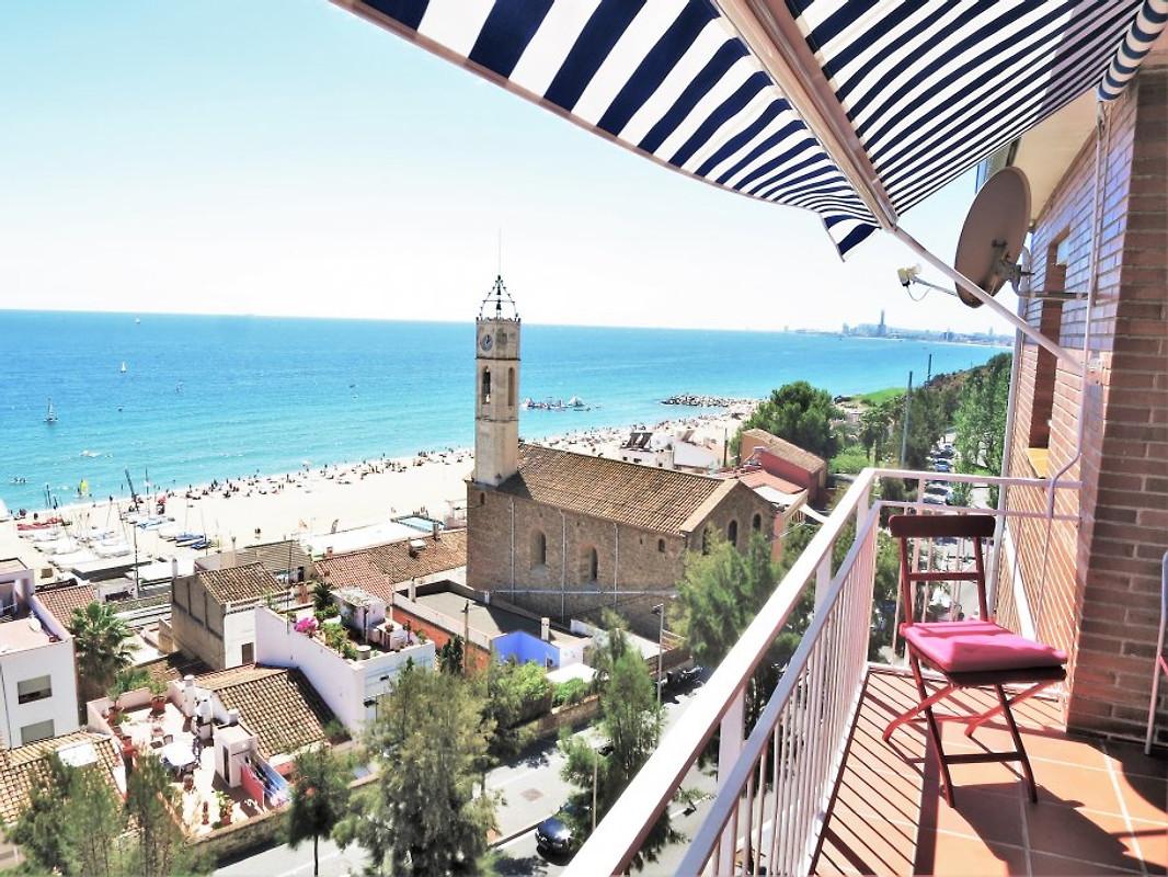 Tiana seaview beach appartement appartement - Appartement de vacances barcelone mesura ...