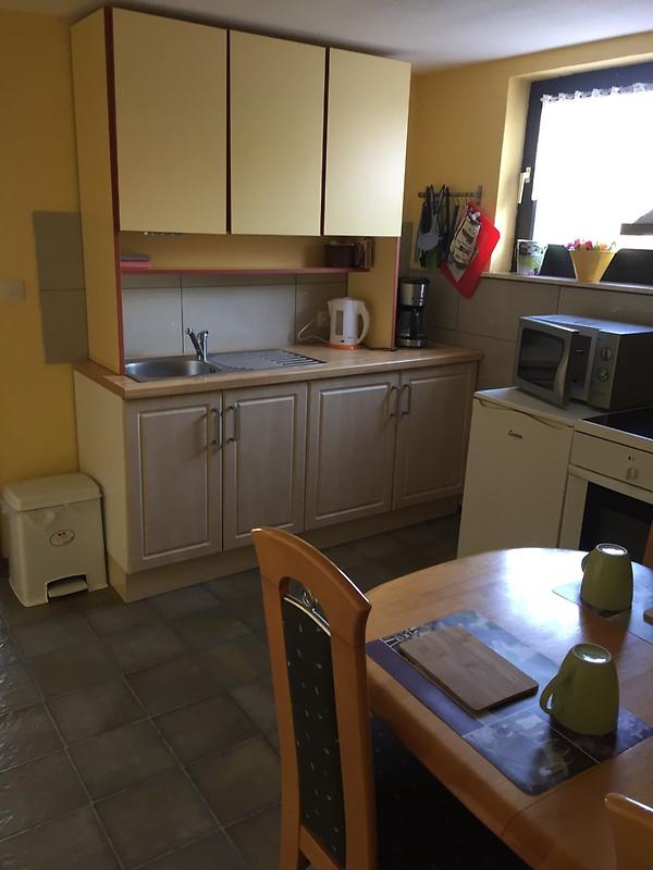 ferienwohnung schmandin laacher see ferienwohnung in wassenach mieten. Black Bedroom Furniture Sets. Home Design Ideas