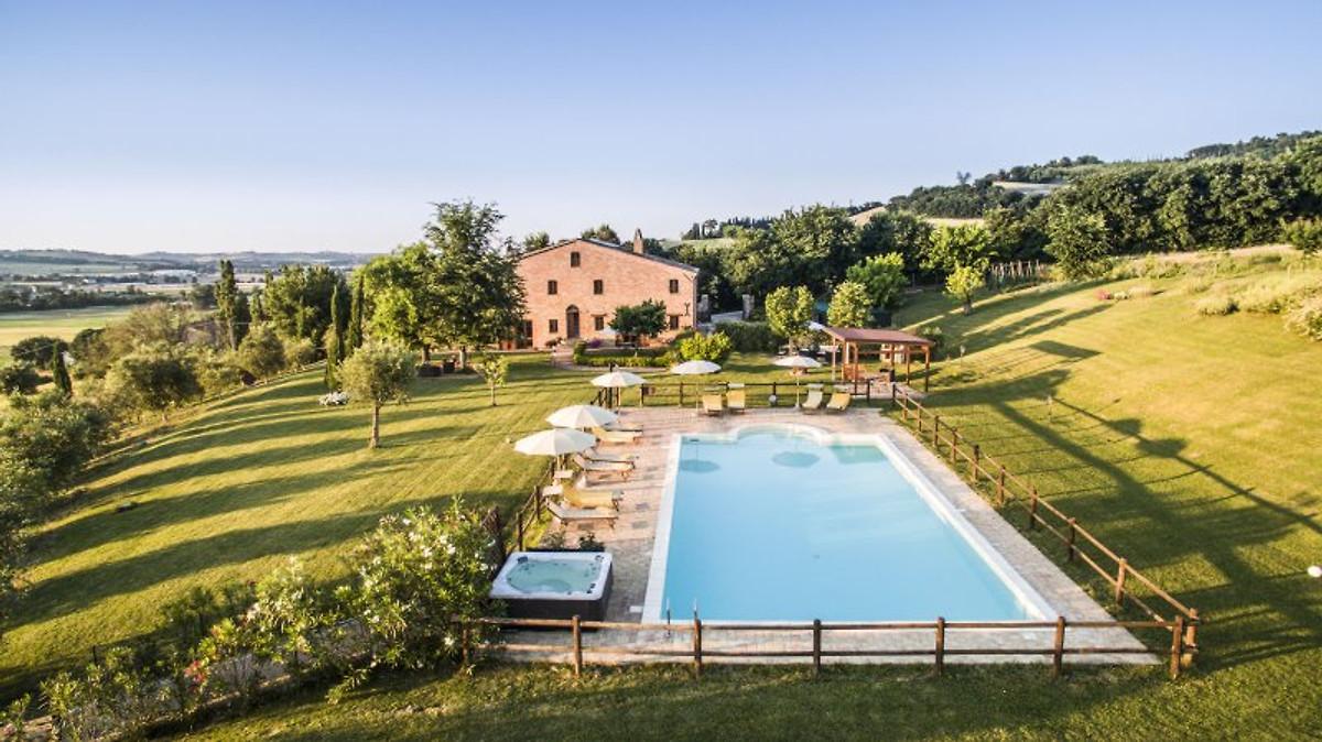 Casalantico appartmento con piscina appartamento in - Bagni italiani recensioni ...