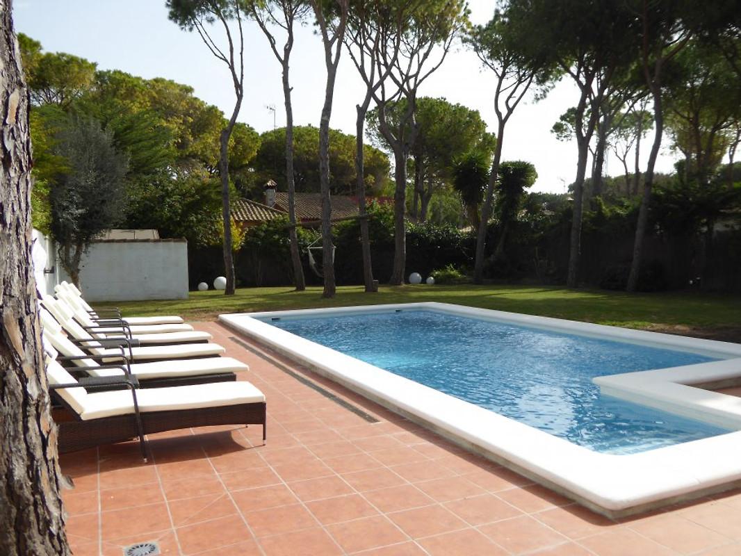 villa beach spa andalusien ferienhaus in chiclana de la frontera mieten. Black Bedroom Furniture Sets. Home Design Ideas