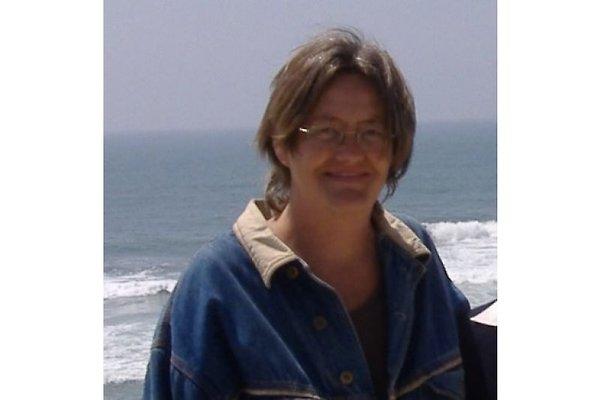 Mrs. V. Thönnes