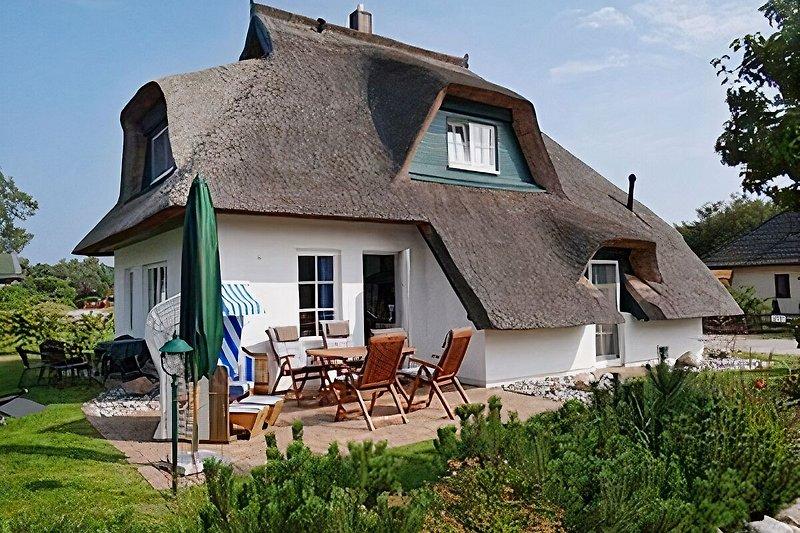 Künstlerhaus mit Terrasse