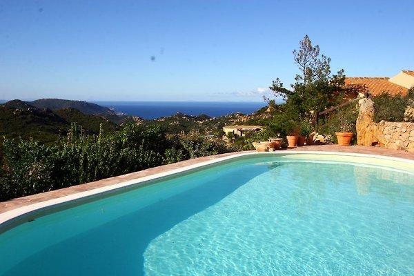 Casa Luras en Costa Paradiso - imágen 1
