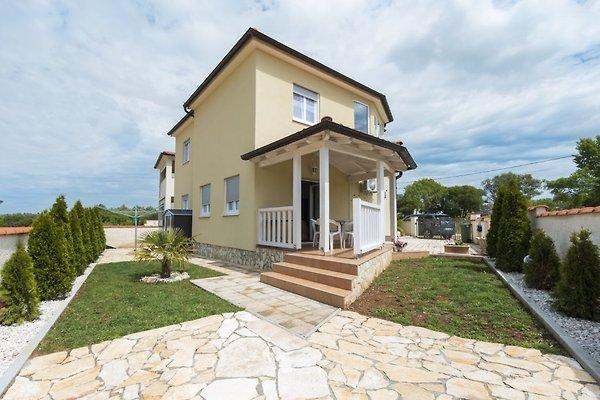 3 Sterne Ferienhaus in Istrien in Galizana - Bild 1
