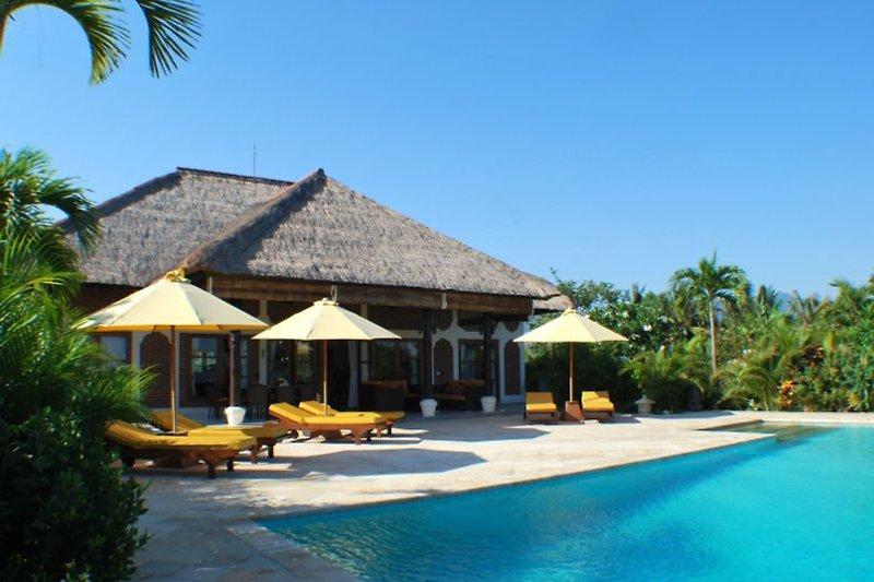 Terasse und Pool Villa Cerah, Bali