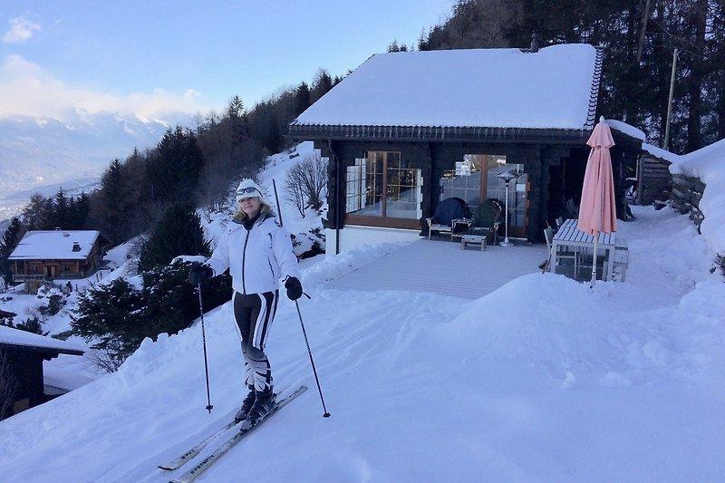 Einfache Ski-In und Ski-Out Lage