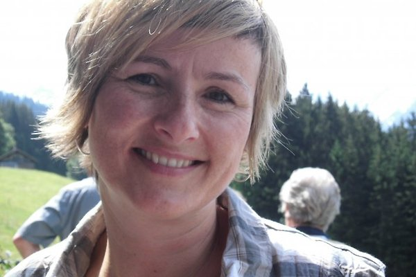 Sig.ra R. Zenger-Jossi
