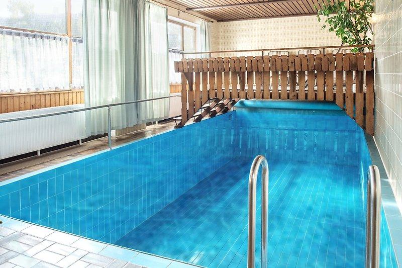Mein Privat-Pool 22-24 Grad eine willkommene Abkühlung