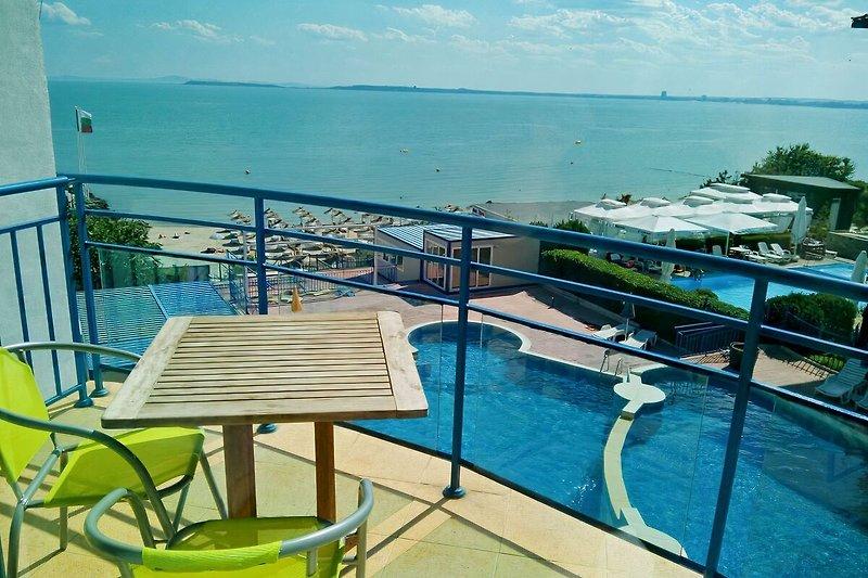 Balkon mit Meersicht