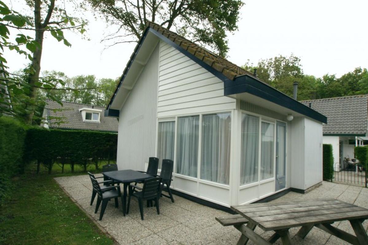 ferienhaus oase typ 1a ferienhaus in zoutelande mieten. Black Bedroom Furniture Sets. Home Design Ideas