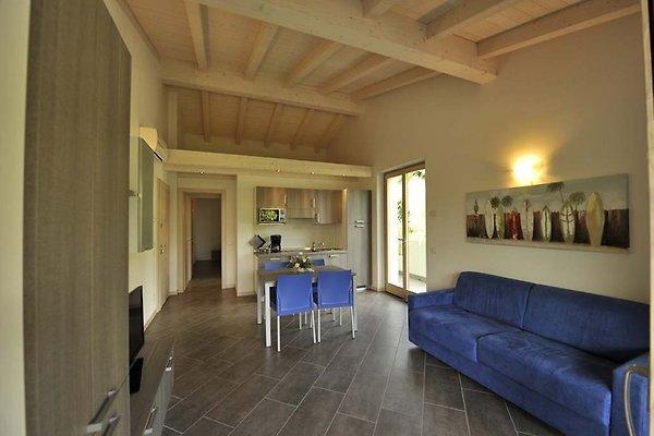 VILLA DE FER DOS bellissimi appartamenti in Malcesine - immagine 1