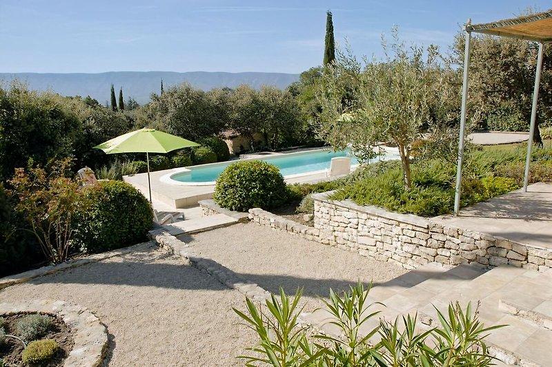 villa provençale, 2-6 P. à Cabrières-d'Avignon - Image 2