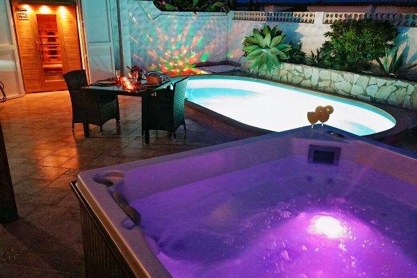 Piscina, jacuzzi, sauna Internet, 2baños en Costa Calma - imágen 1