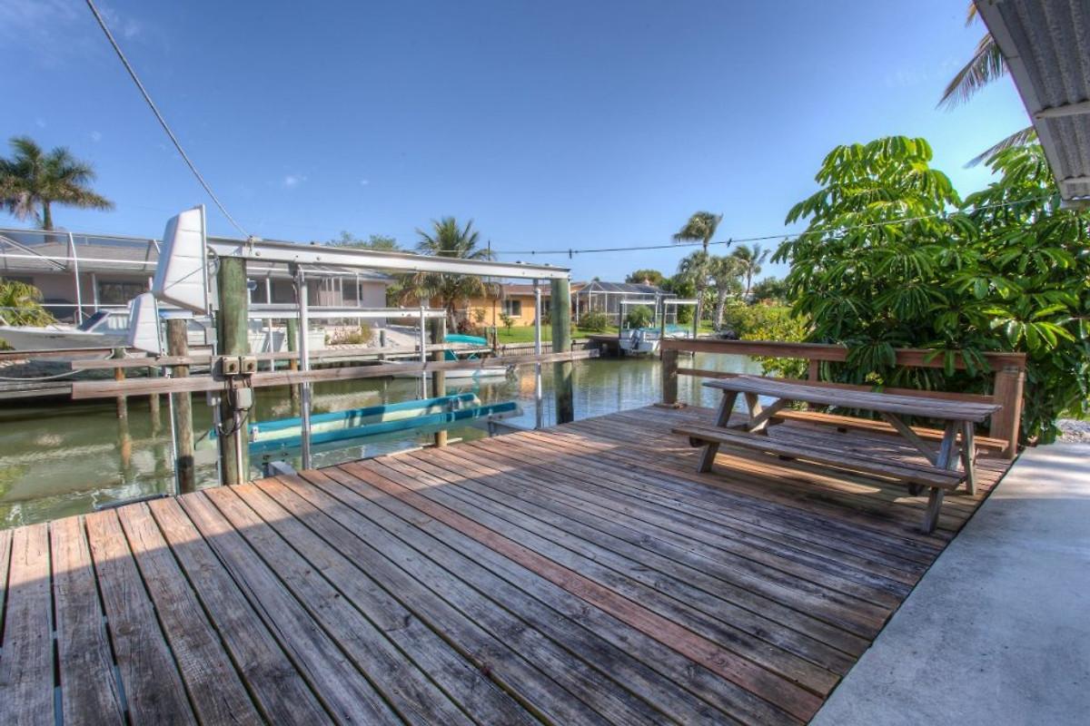 villa beachwalk fort myers beach ferienhaus in fort. Black Bedroom Furniture Sets. Home Design Ideas