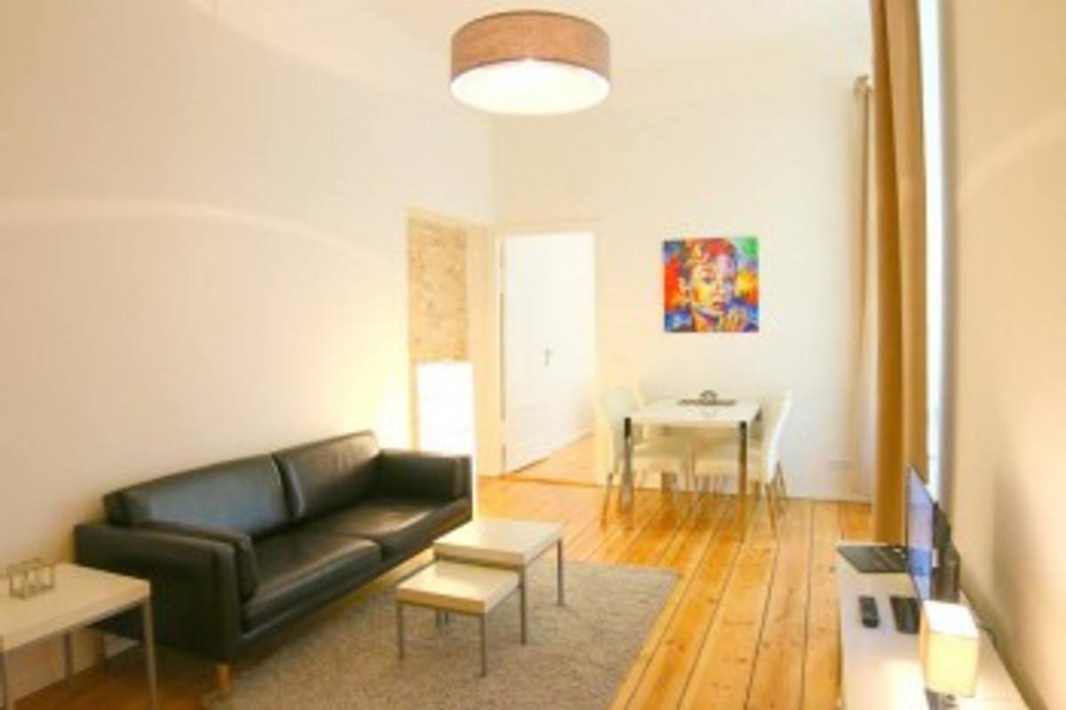 themen apartment audrey 2 zi 55qm ferienwohnung in prenzlauer berg mieten. Black Bedroom Furniture Sets. Home Design Ideas