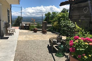 Charming cottage, 400 m to the village 30 km from Barolo