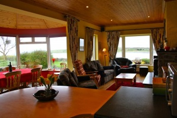 Cuan Beag / Galway Bay Lodge à New Quay - Image 1