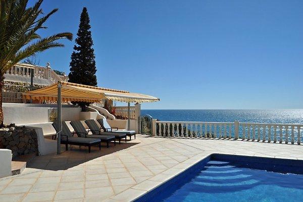 Villa frente al mar Jaconne en Calpe - imágen 1