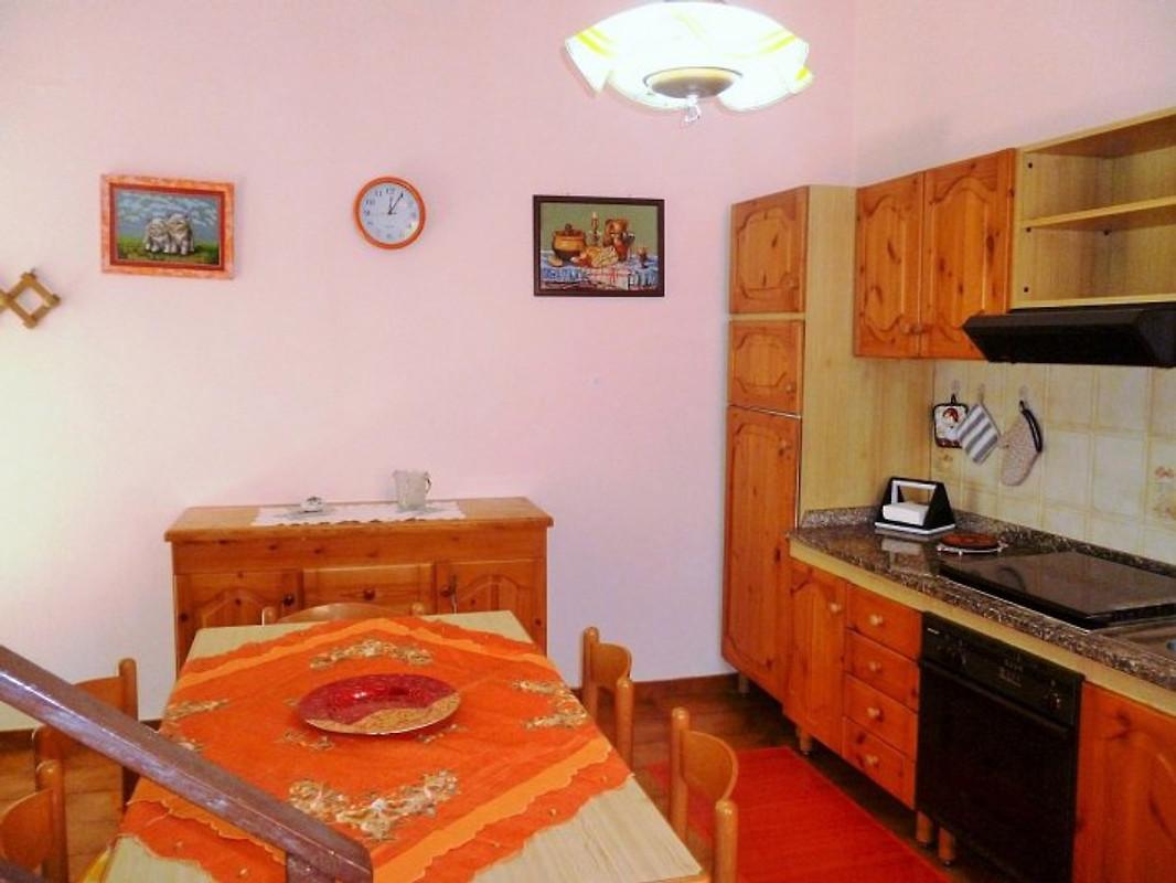 Il vicolo stretto appartamento in pulcherini di minturno for Semplice casa con 3 camere da letto piani kerala