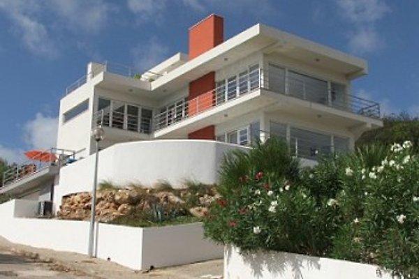 Casa dos Vidros en Salema - imágen 1