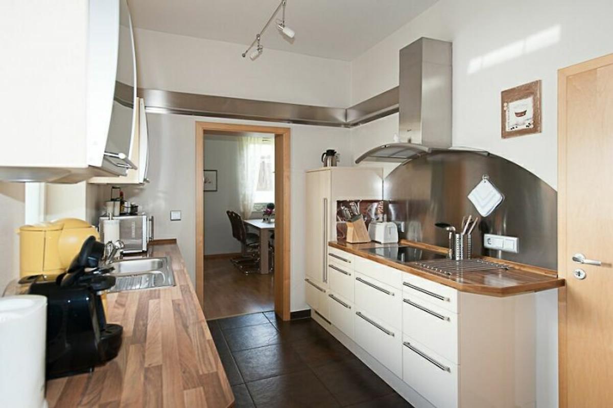 ferienwohnung erika constabel ferienwohnung in wietze mieten. Black Bedroom Furniture Sets. Home Design Ideas