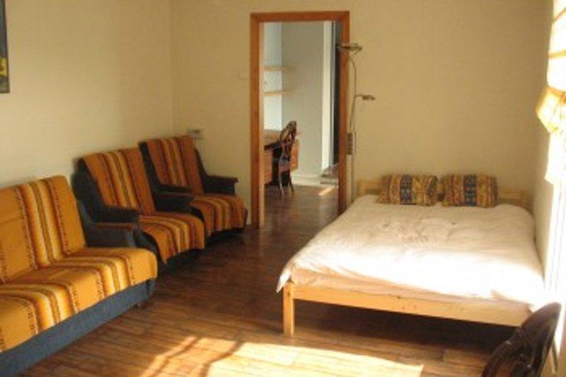 Das erste Schlafzimmer 2