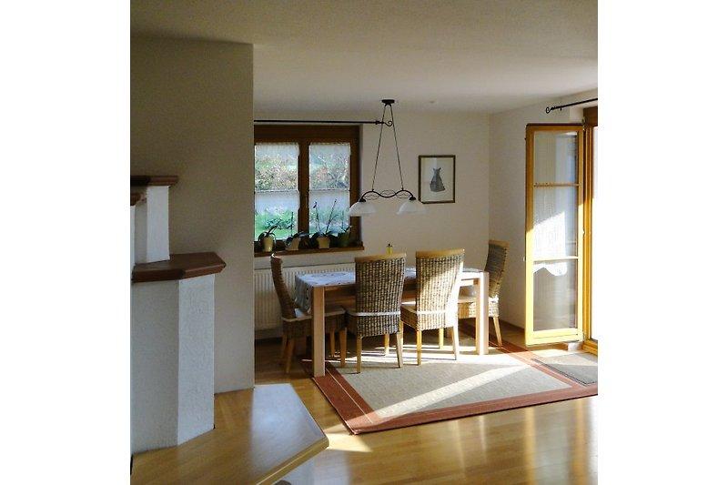 Wohnung mit Kachelofen