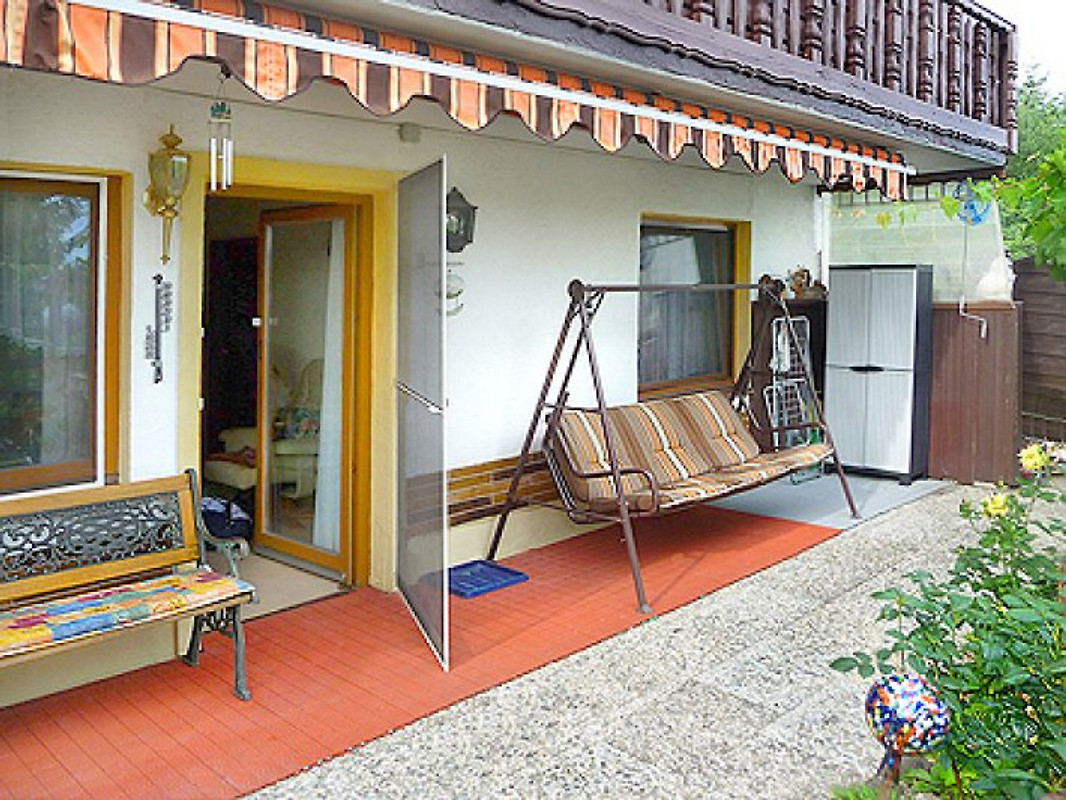 ferienhaus karin am s dhang gelegen ferienhaus in haus. Black Bedroom Furniture Sets. Home Design Ideas