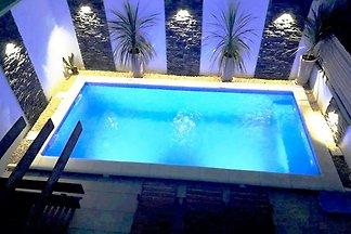 Rustica Zadar mit jacuzzi und pool