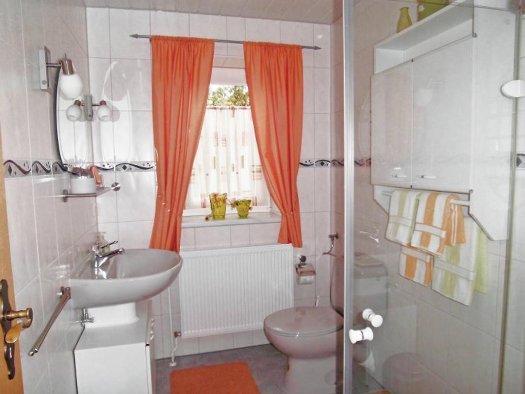 ferienwohnung weisser jasmin ferienwohnung in waren m ritz mieten. Black Bedroom Furniture Sets. Home Design Ideas