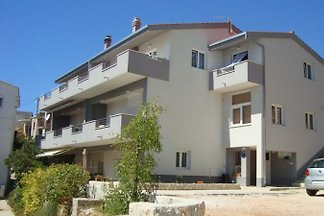 ***APARTMENT Mirsa ***
