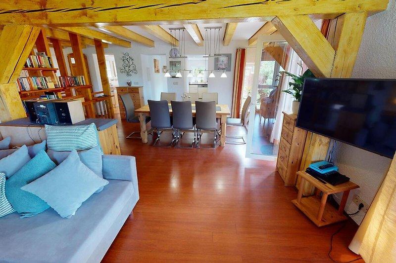 Wohnzimmer/Essplatz