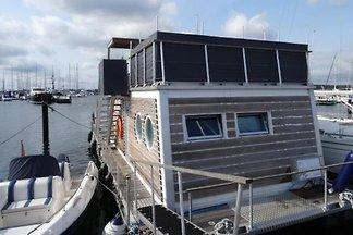 Hausboot LaBoetle - Willkommen an Bord, Urlau...