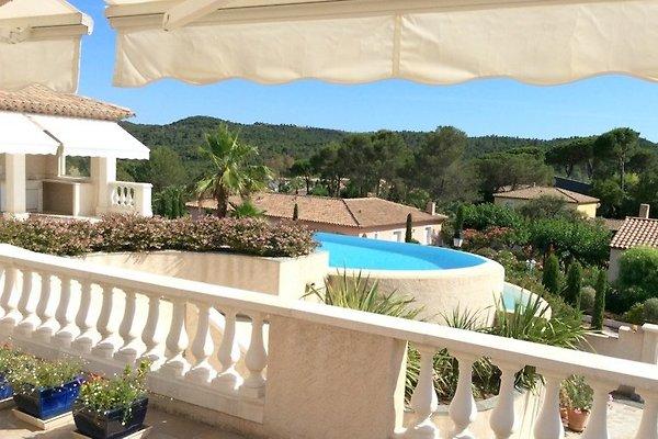 Studio con piscina privata in Saint Raphaël - immagine 1