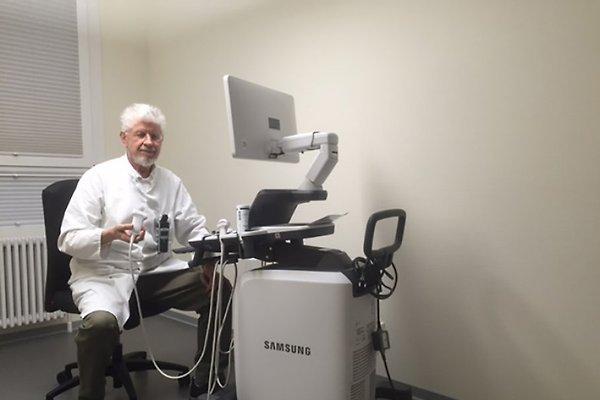 Monsieur :. Dr. Hartmut Maetz